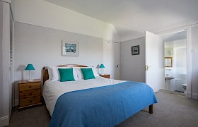 Room 3 with kingsize bed and spacious ensuite